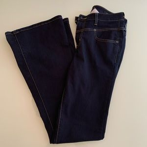 Guess High Waisted Bell Bottom Jeans